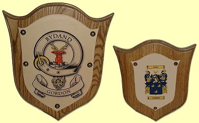 clan badge and coat of arms plaque image
